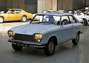 204 Peugeot Coupé : 17 beste idee n over peugeot 204 op pinterest peugeot 204 cabriolet peugeot en retro auto ~ Medecine-chirurgie-esthetiques.com Avis de Voitures