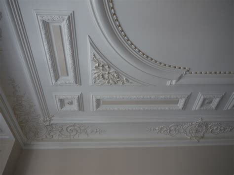 deco plafond chambre awesome faux plafond chambre a coucher tunisie gallery