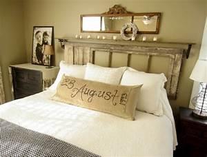 Fabriquer une tete de lit en bois avec une porte la for Idee deco cuisine avec lit king size