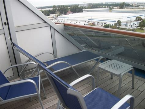 24 great carnival cruise aft view extended balcony