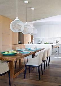 Cuisine en bois idees deco pour lui donner un look for Idee deco cuisine avec table en bois brut