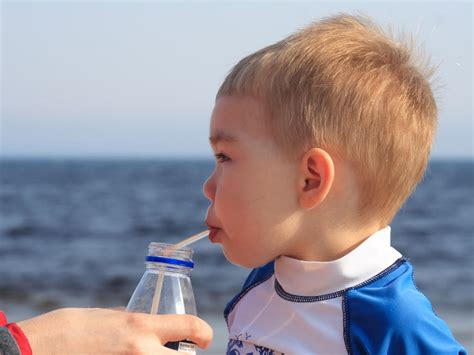 Can Too Much Fruit Juice Give My Child Diarrhea Babycenter