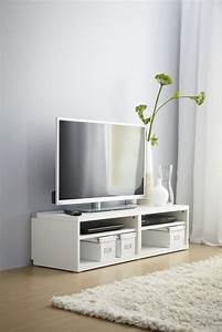 Tv Bank Skandinavisch : a white best tv bench gives any living room a classic clean look with extra space for your ~ Whattoseeinmadrid.com Haus und Dekorationen