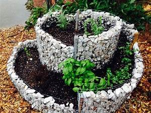 Hochbeet Mit Steinen : rundes gabionen hochbeet selber bauen 20 tipps ~ Whattoseeinmadrid.com Haus und Dekorationen