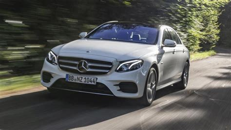 mercedes  de diesel electric hybrid tested top gear
