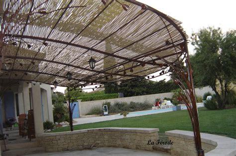 pergola sur mesure adoss 233 e olive pour terrasse arrondie d 233 cor tulipe 2 poteaux la ferode