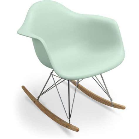 chaise à bascule eames best 25 eames rar ideas on alkoven regale