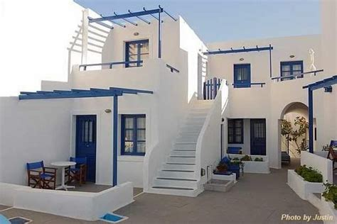 Greek Style Houses - Home Design