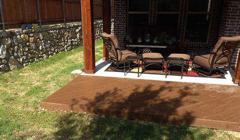 deck wraps around patio in mckinney hundt patio