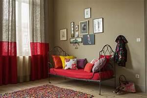 rideau de couleur rouge carmin photo With quelle couleur avec le gris 13 le rideau voilage dans 41 photos