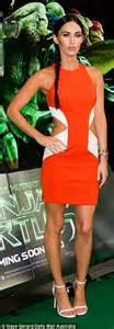 megan fox shows  tattoos  orange dress  teenage