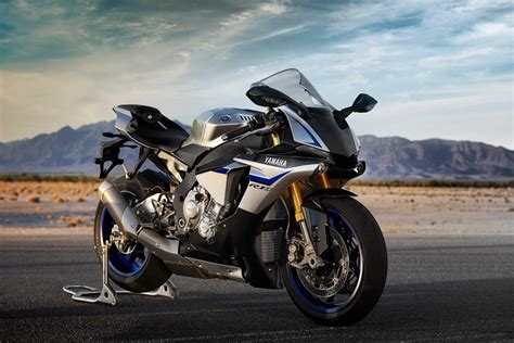 Yamaha Hd Photo by Yamaha Yzf R1m Wallpapers Wallpaper Cave