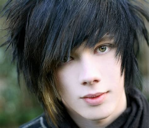 40 Cool Emo Hairstyles For Guys Creative Ideas