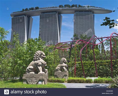 Singapore Vertical Garden by Dh Garden By The Bay Singapore Supertrees Vertical Gardens