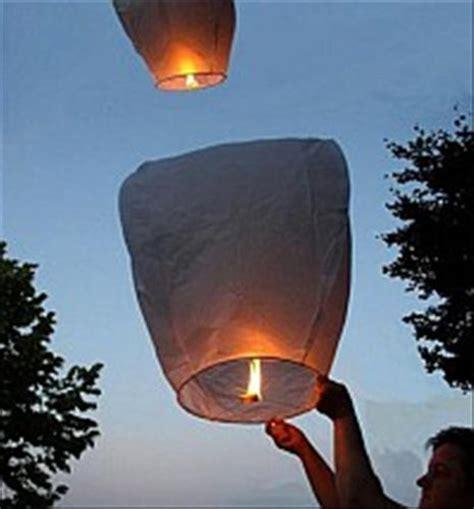 Fiaccole Volanti 10 Lanterne Cinesi Volanti Mini Mongolfiera Matrimonio