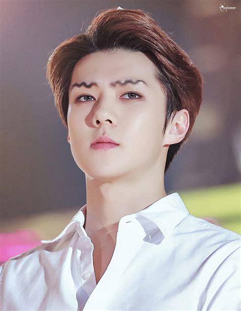 trending    idols  squiggly eyebrows
