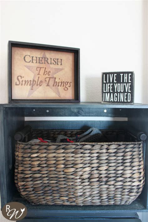 diy mudroom storage crates   decorate  crate