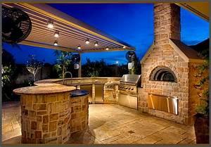 Custom, Summer, Kitchen, Featuring, Wood, Burning, Pizza, Oven