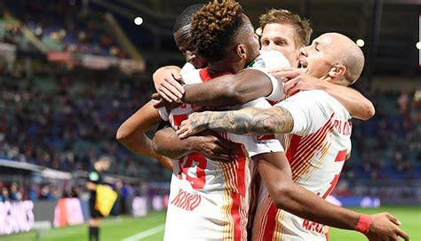 V., commonly known as rb leipzig or informally as red bull leipzig, is a german professional football club based in leipzig, saxony. RB Leipzig vs. Hertha Tipp, Prognose & Quoten 24.10.2020 ...