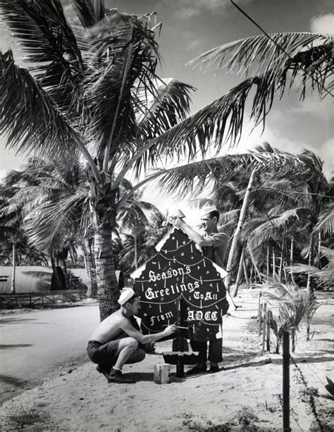 Creating a Christmas tree in Marshall Islands, 1944 ...