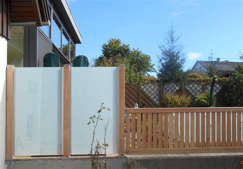 Pflanzen Holz Und Alu Sichtschutz Fuer Den Balkon by Sichtschutz F 252 R Balkone Kleine G 228 Rten Fr 246 Schl Garten Wiki