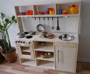 spielküche aus holz best 25 kinderküche holz ideas only on kinder spielküche holz kinderkueche holz