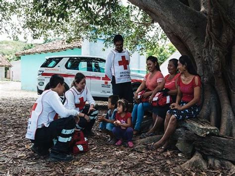 land rover   red cross prepare mexican communities