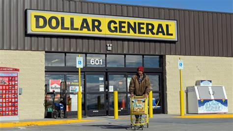 dollar general creates worry  small towns