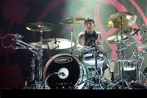 Blink 182 Drummer Travis Barker Offered Friends One ...