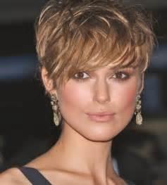 coupe cheveux court visage rond model de coiffure femme cheveux court les tendances mode du automne hiver 2017