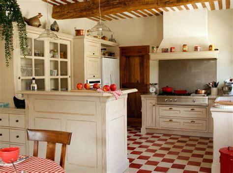 r駭 une cuisine une et grande cuisine pour recevoir décoration