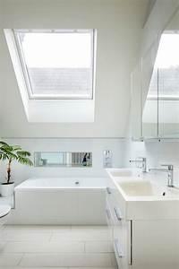amenagement petite salle de bain sous pente dootdadoo With petite salle de bain sous pente