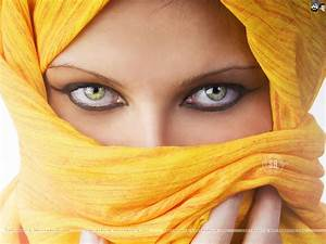 Arab Woman 2014 Wallpaper