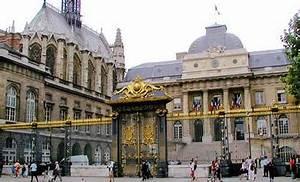 Un regime de vichy inverse selon l39avocat de dieudonne for Parquet tgi paris