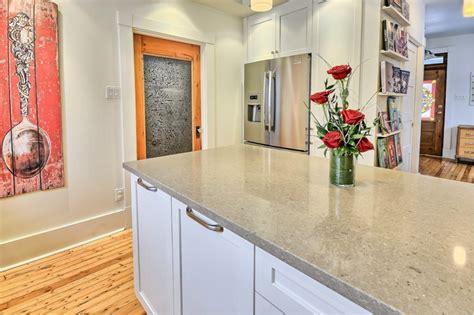 cuisine comptoir comptoirs de cuisine à jérôme isacréa