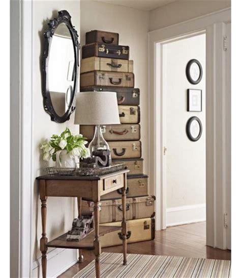 Ideas para decorar con maletas antiguas   Decoración de Interiores y Exteriores   EstiloyDeco
