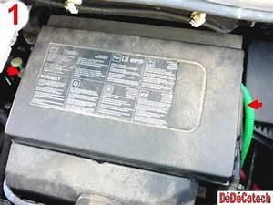 Batterie Renault Scenic 3 : changer fusibles upc compartiment moteur renault sc nic 3 ~ Medecine-chirurgie-esthetiques.com Avis de Voitures