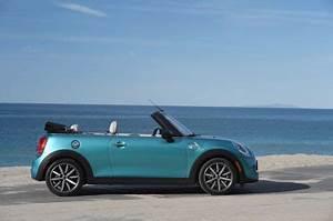 Longueur Mini Cooper : essai mini cabrio cooper s notre avis sur le cabriolet mini 2016 l 39 argus ~ Maxctalentgroup.com Avis de Voitures