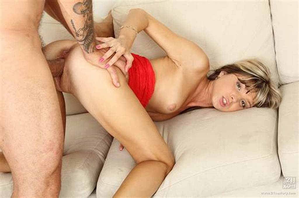 #Doris #Ivy #Getting #Her #Tight #Asshole #Fucked #By #Huge #Dick