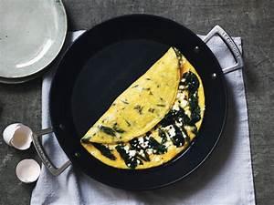Spinat Und Feta : omelett mit spinat und feta rezepte kitchen stories ~ Lizthompson.info Haus und Dekorationen