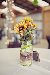 Tischdeko Mit Sonnenblumen : hochzeit tischdeko ideen limetten marmeladenglas ~ Lizthompson.info Haus und Dekorationen