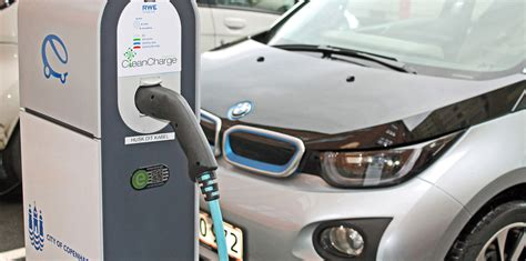Batterie In Garage Laden by Bmw Willing To Lithium Ion Battery Tech With Other