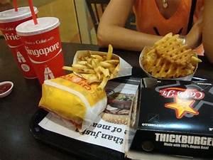 Carl's Jr Burger - Picture of Carl's Junior Burger ...