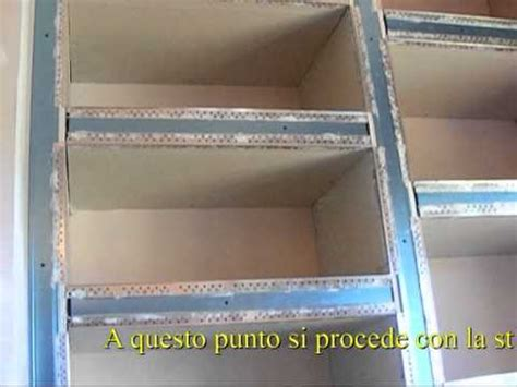 costruire mensole in cartongesso libreria in cartongesso