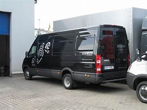 Iveco Daily 35c15 : file iveco daily 35c15 all blacks furgon wikimedia commons ~ Gottalentnigeria.com Avis de Voitures