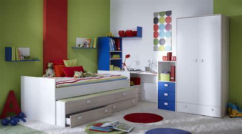 chambre enfants design etagere chambre enfant fauteuil chambre ado dcoration