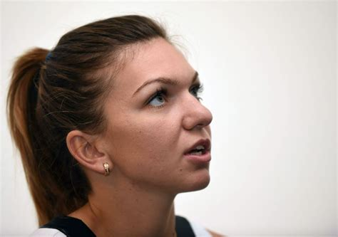 Simona Halep At Press Conference At 2016 Brisbane International - Celebzz