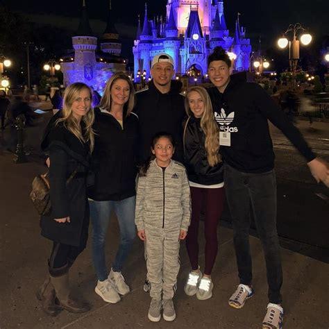jackson mahomes  instagram family cheerleading