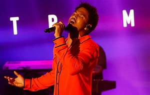 Trey Songz Performs 'Nobody Else But You' & '1×1' on ...