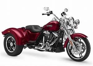 Harley-davidson 1745 Freewheeler Flrt 2018 - Fiche Moto
